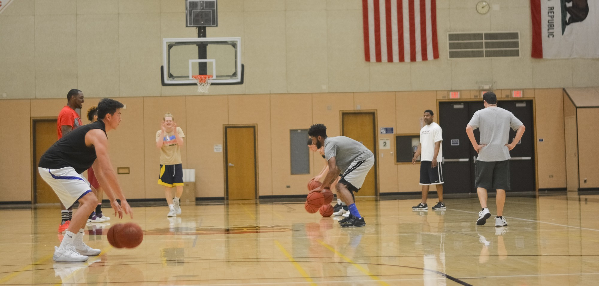 Physical education classes gives students the opportunity to try out different exercises. Photo credit: Chris Christenson