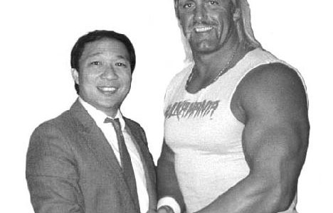Skyline history professor James Wong (left) has rubbed shoulders with many of professional wrestling´s best, including Hulk Hogan. ()
