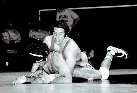 It was a rough set of matches for Mens´ Wrestling, but they took back to Skyline a 6th place finish. (Diana Diroy)