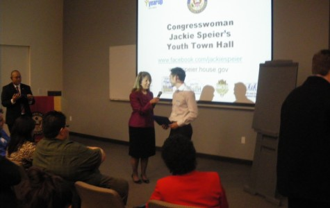 Congresswoman Speier speaks to community youth