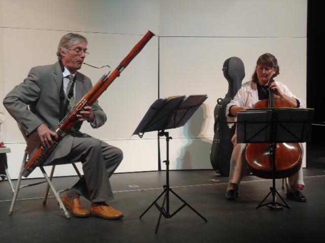 Friedrich+Edelmann+and+Rebecca+Rust+during+a+duet.+%28JJ+Valdez%29