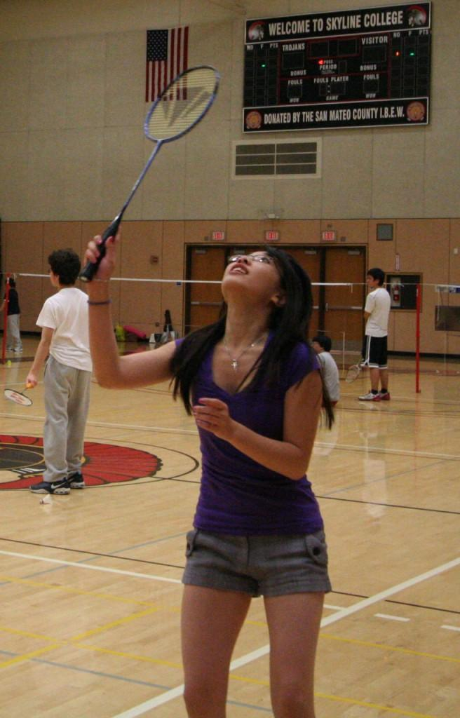 Mae+Azucena+in+a+singles+tournament+during+Badminton+class.+%28Lea+Naqishbendi%29