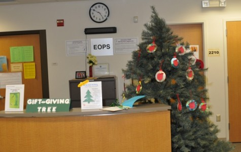 "Skyline's ""Giving Tree"" inspires campus"
