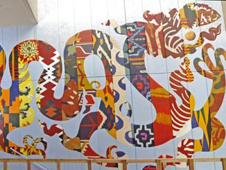 Rồng gặp mây (Dragon) Mural almost finished across from the Skyline Gallery. (David Evans)