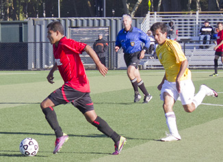 Trojan men take their first tie with Mariners