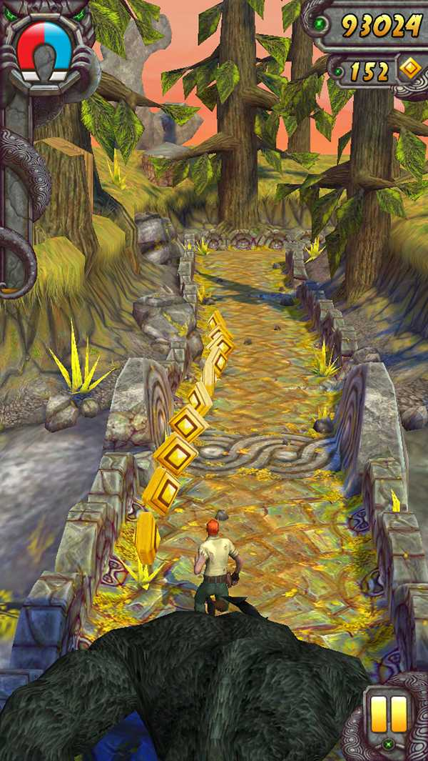 Screenshot of Guy Dangerous running from an evil monkey in