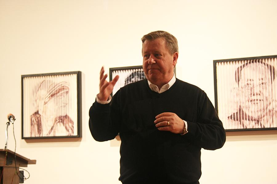 Artist+Kevin+McKelvy+talking+to+students+and+faculty+during+the+lecture+down+in+the+gallery%2C+building+one.