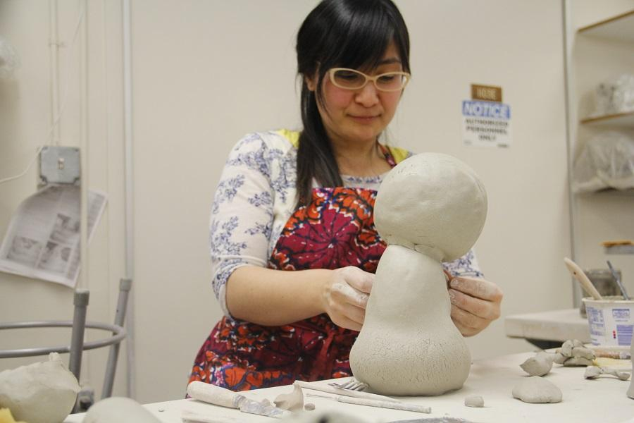 Tomoko Nakazato working on her demonstrate piece after the event.