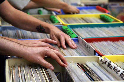 CDs and Vinyls still exist despite falling out of popularity.