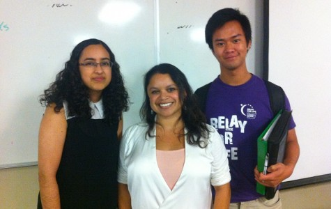 Gabriela Monsalve (center) stands with two of her audience members after her lecture.