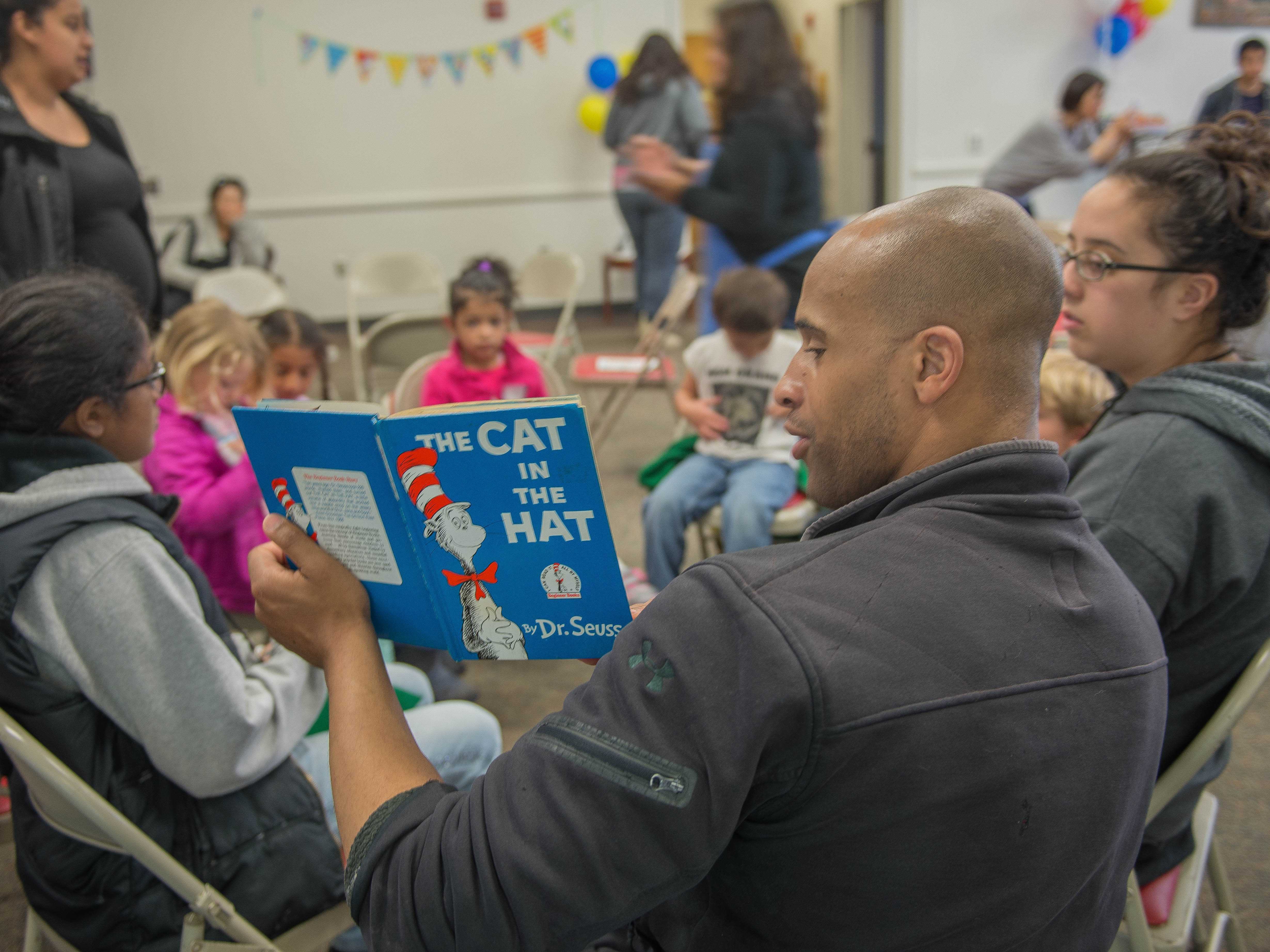 Read Across America at Skyline celebrates the joy of reading