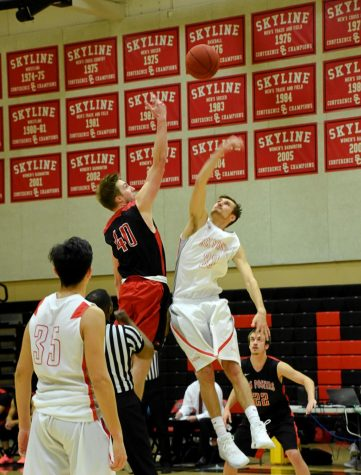 Skyline men's basketball team dominates in win