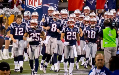 Patriots presence in the Super Bowl gives fans mixed feelings