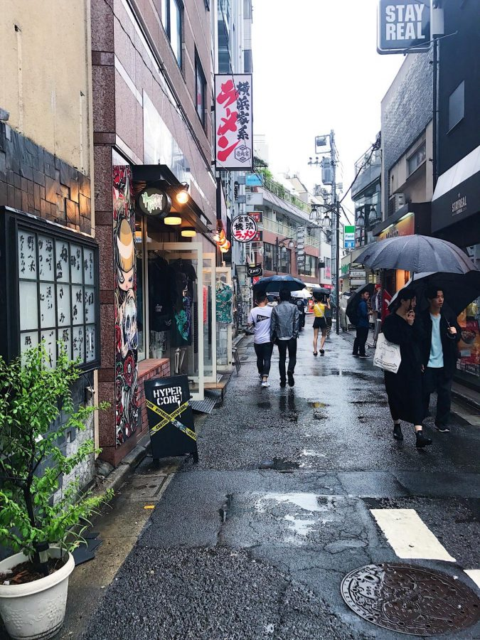 An+alleyway+in+Tokyo%2C+Japan+on+June+2017.+